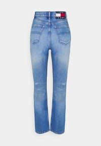Tommy Jeans - JULIE UHR - Straight leg jeans - denim light - 6