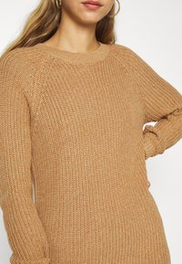 Noisy May - NMSIESTA O-NECK DRESS - Jumper dress - camel - 5