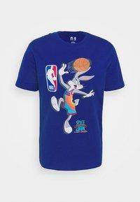 Outerstuff - NBA SPACE JAM 2 THE HOOK TEE - Print T-shirt - blue - 4