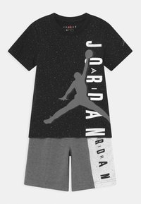 Jordan - BIG VERT SET - Camiseta estampada - carbon heather - 0