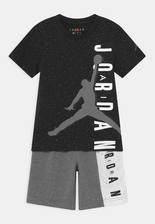 BIG VERT SET - T-shirt imprimé - carbon heather