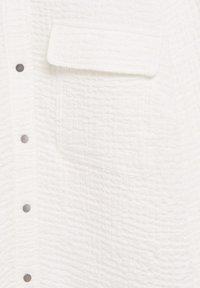 Violeta by Mango - SOBRE - Button-down blouse - weiß - 6