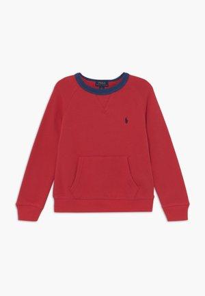 Sweater - sunrise red