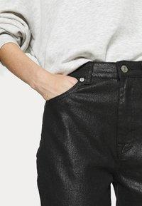 NA-KD - HIGH WAIST - Straight leg jeans - black - 3