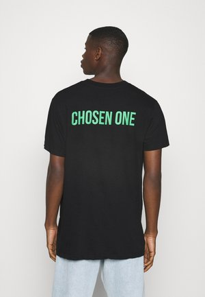 CHOSEN - T-shirt con stampa - black