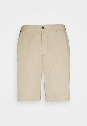 PINO - Shorts - dark sand