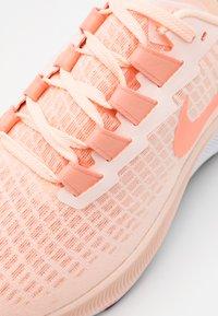 Nike Performance - AIR ZOOM PEGASUS 37 - Neutral running shoes - crimson tint/crimson pulse/crimson bliss - 5