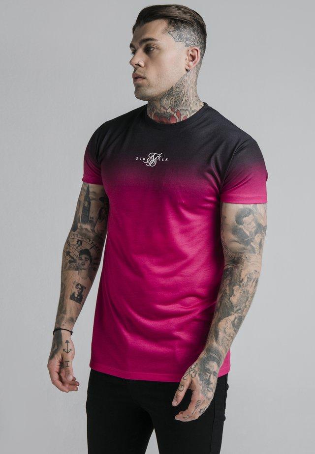 T-shirt print - black & pink