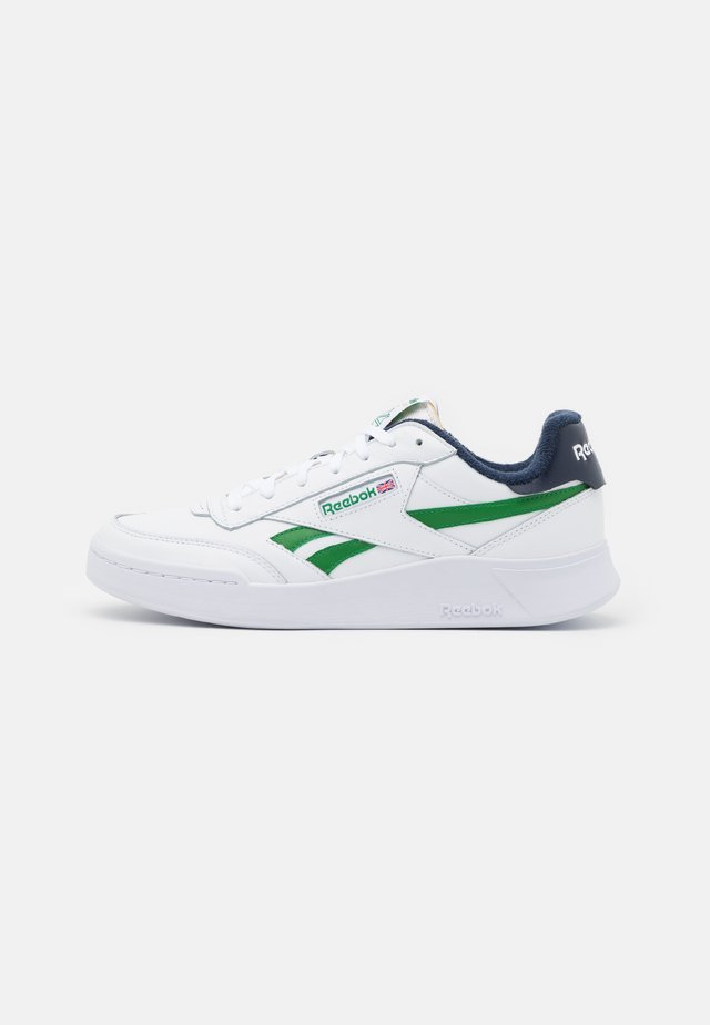 CLUB C LEGACY REVENGE  - Sneakersy niskie - footwear white/glen green/vector navy