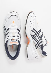 ASICS SportStyle - GEL-1090 UNISEX - Sneakers basse - white/midnight - 2