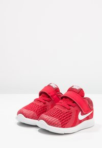 Nike Performance - REVOLUTION 4 - Neutral running shoes - gym red/white/team red/black - 2