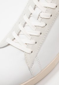 Clae - BRADLEY - Zapatillas - white/comfrey - 5