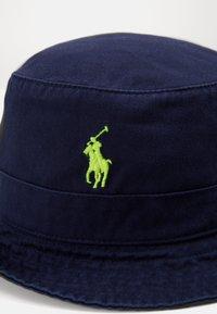 Polo Ralph Lauren - BUCKET HAT - Hatt - navy/neon - 5