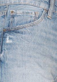 edc by Esprit - Szorty jeansowe - blue light wash - 2