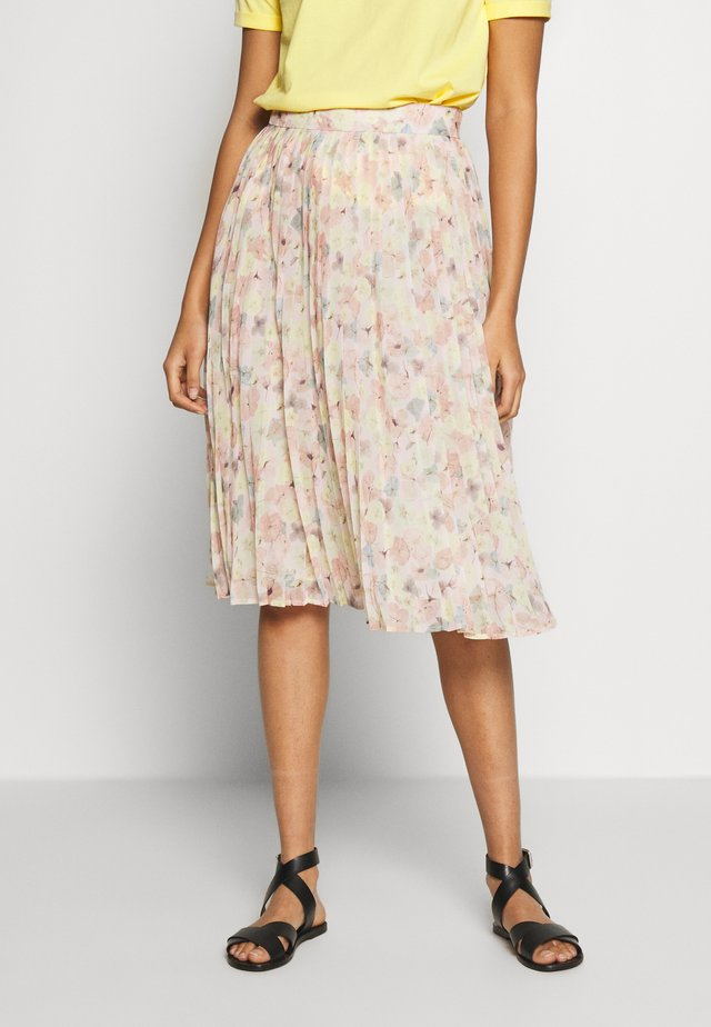 LAYERED PLEATED SKIRT - A-line skirt - floral print