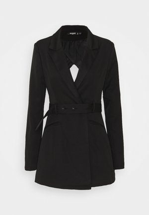 COORD TAILORED OPEN BACK BELTED BLAZER - Blazere - black