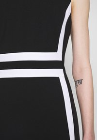 Calvin Klein - CONTRAST PANEL DRESS NS - Day dress - black - 6