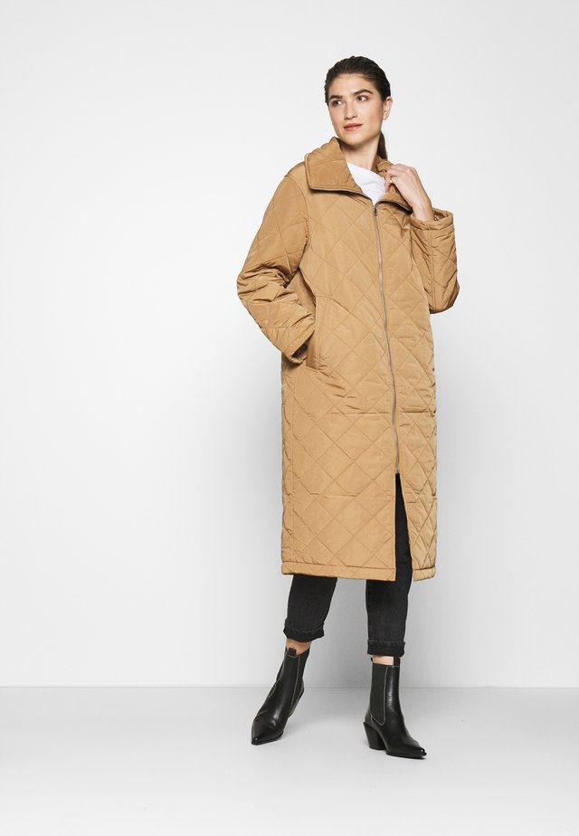COAT ANDIE QUILT - Winter coat - light brown