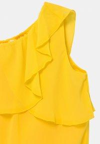 Name it - NKFBEMERLE - Robe de soirée - primrose yellow - 2