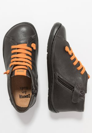 PEU CAMI KIDS - Volnočasové šněrovací boty - grey