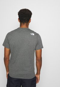 The North Face - NEVER STOP EXPLORING TEE - Print T-shirt - mottled grey - 2
