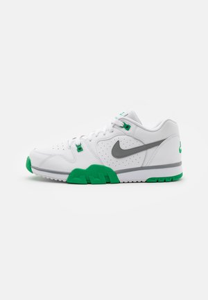 CROSS TRAINER - Sneakers basse - white/particle grey/lucky green