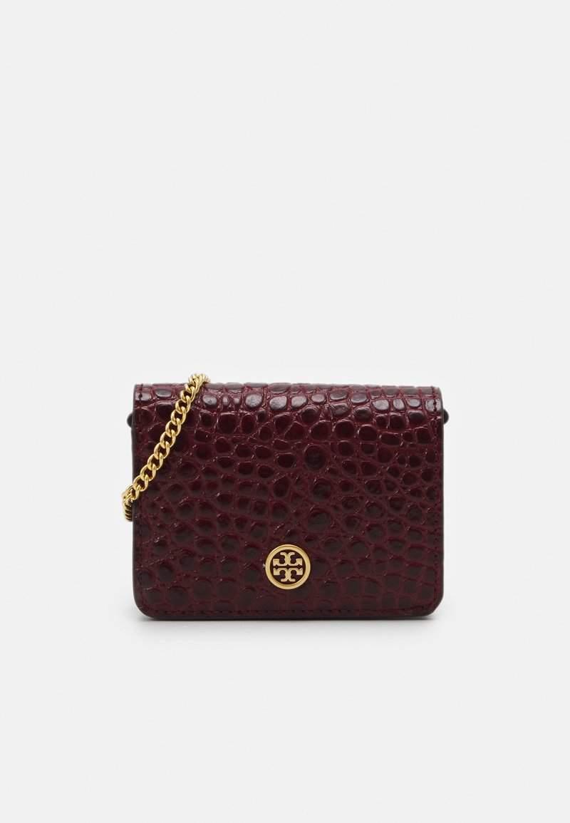 Tory Burch - WALKER EMBOSSED NANO WALLET ON CHAIN - Taška s příčným popruhem - claret
