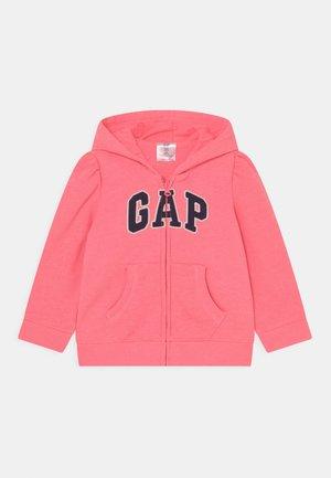 LOGO - Sweater met rits - sassy pink