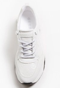 Guess - G-LOGO PEONY-LOGO - Sneakers basse - weiß - 1