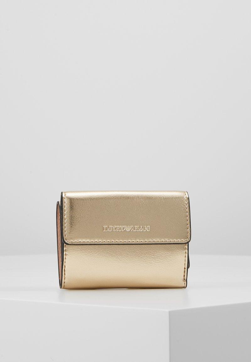 Emporio Armani - CAPSULE HOLIDAY MINI WALLET - Peněženka - gold