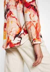 ONLY - ONLALMA LIFE - Button-down blouse - cloud dancer/marble - 6