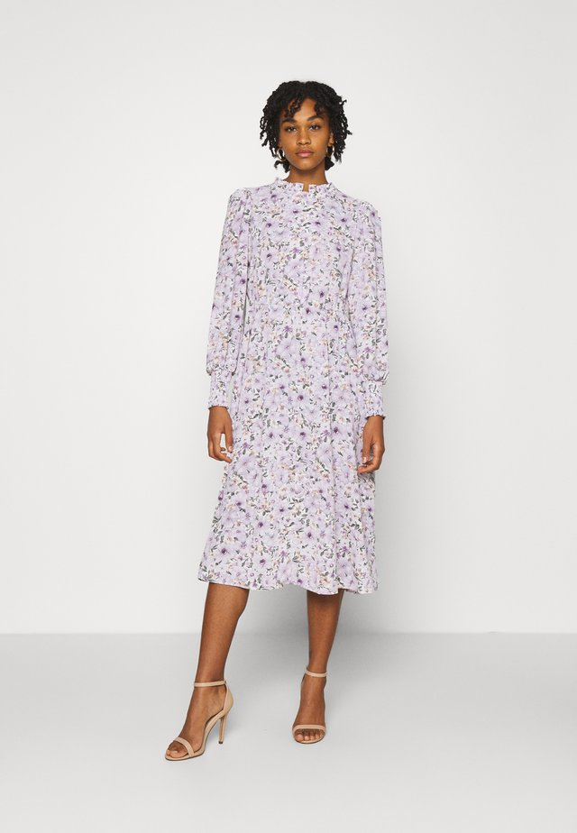 ONLTAMARA LONG FLOWER DRESS - Hverdagskjoler - white