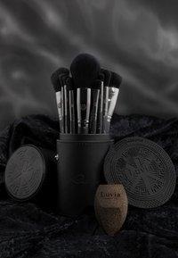 Luvia Cosmetics - PRIME VEGAN PRO BLACK EDITION - Kit pennelli - - - 7