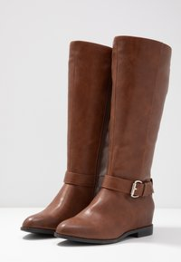Call It Spring Wide Fit - THULA WIDE FIT - Bottines compensées - cognac - 4