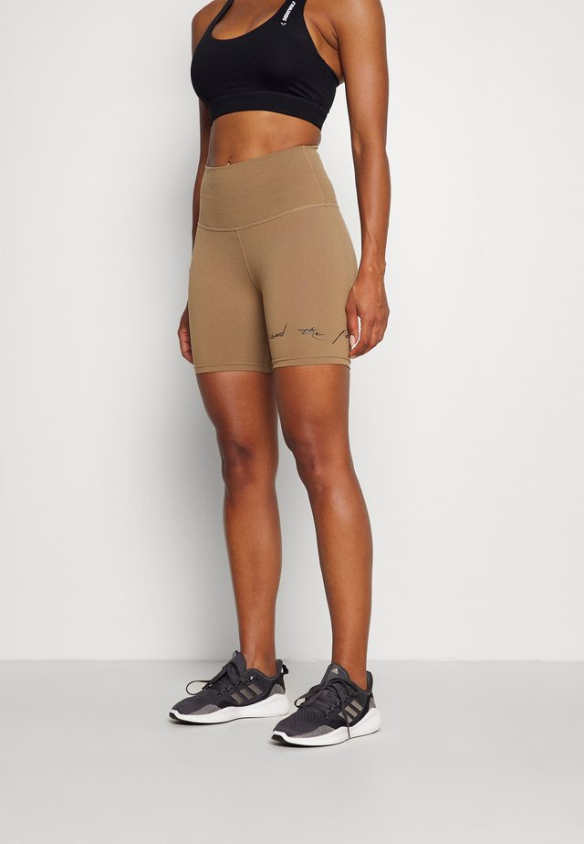 VIBE CYCLING SHORTS - Legging - nude