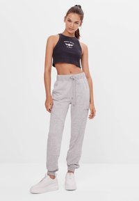 Bershka - Verryttelyhousut - light grey - 1