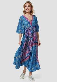 Zuitable - Maxi dress - blue - 1