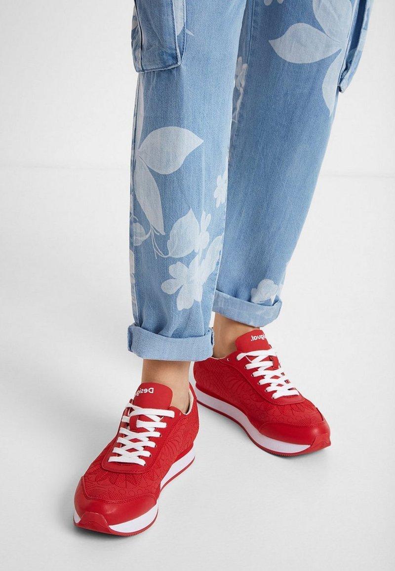 Desigual - GALAXY LOTTIE - Zapatillas - red