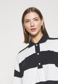 Weekday - KALANI - Long sleeved top - off black/white - 4