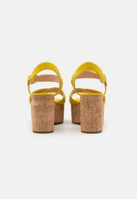 kate spade new york - JASPER - Sandales à plateforme - yellow - 3