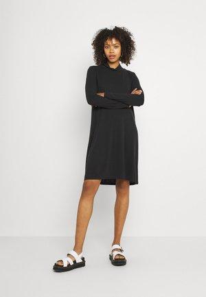OBJANNIE HIGHNECK DRESS - Vestito di maglina - black
