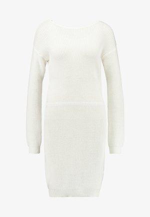 Strikket kjole - off-white