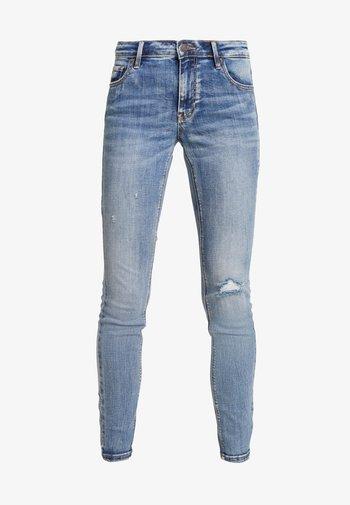 VMLYDIA - Jeans Skinny Fit - medium blue denim