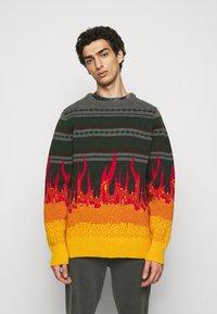 Han Kjøbenhavn - BULKY KNIT FLAME - Jumper - flame - 0
