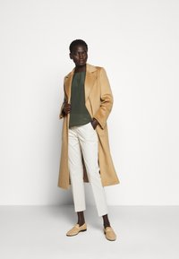 WEEKEND MaxMara - LATO - Chinos - eis - 1