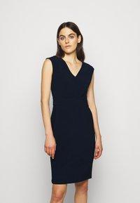Lauren Ralph Lauren - BONDED DRESS - Pouzdrové šaty - lighthouse navy - 0