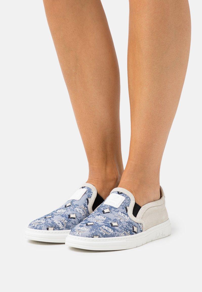 MCM - WOMENS SLIP-ON SNEAKERS IN VINTAGE JAQUARD MONOGRAM - Slip-ons - blue