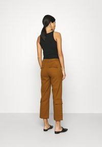 Who What Wear - TROUSER - Trousers - brown - 2