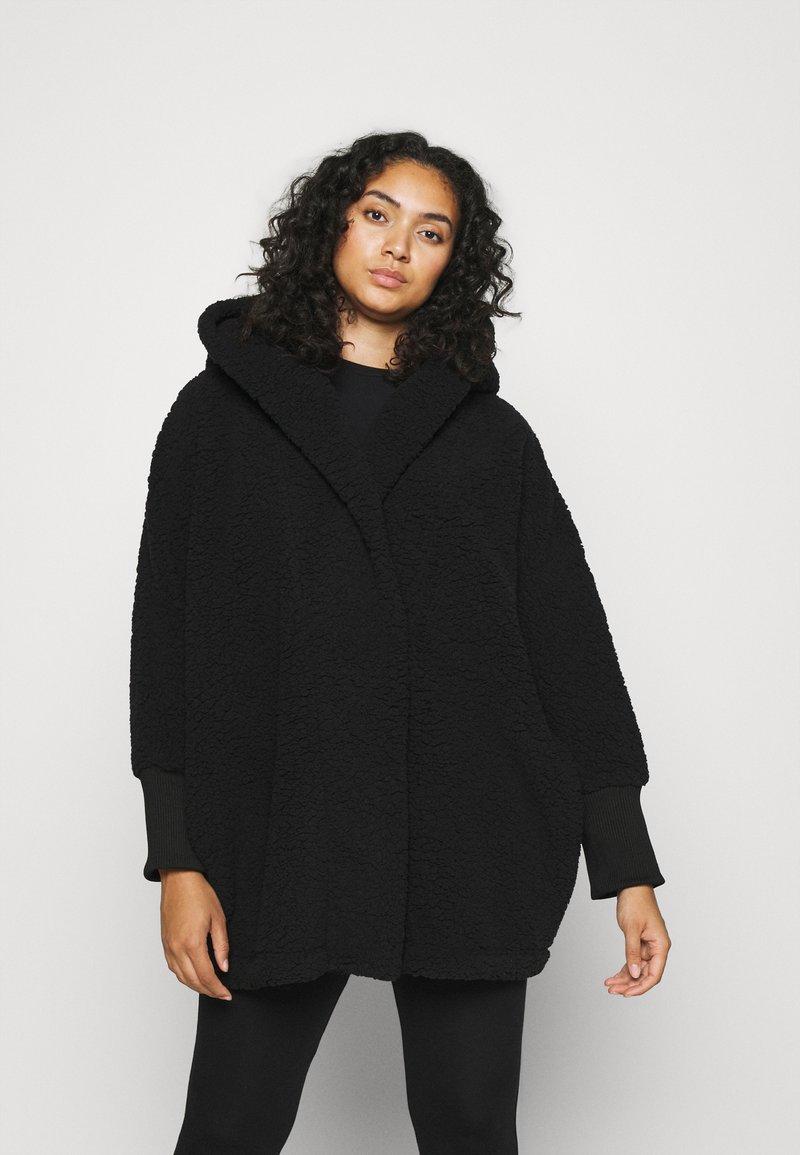 Noisy May Curve - NMCUDDLE COATIGAN - Fleece jacket - black
