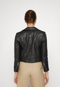 Deadwood - JOAN JACKET - Leather jacket - black - 3